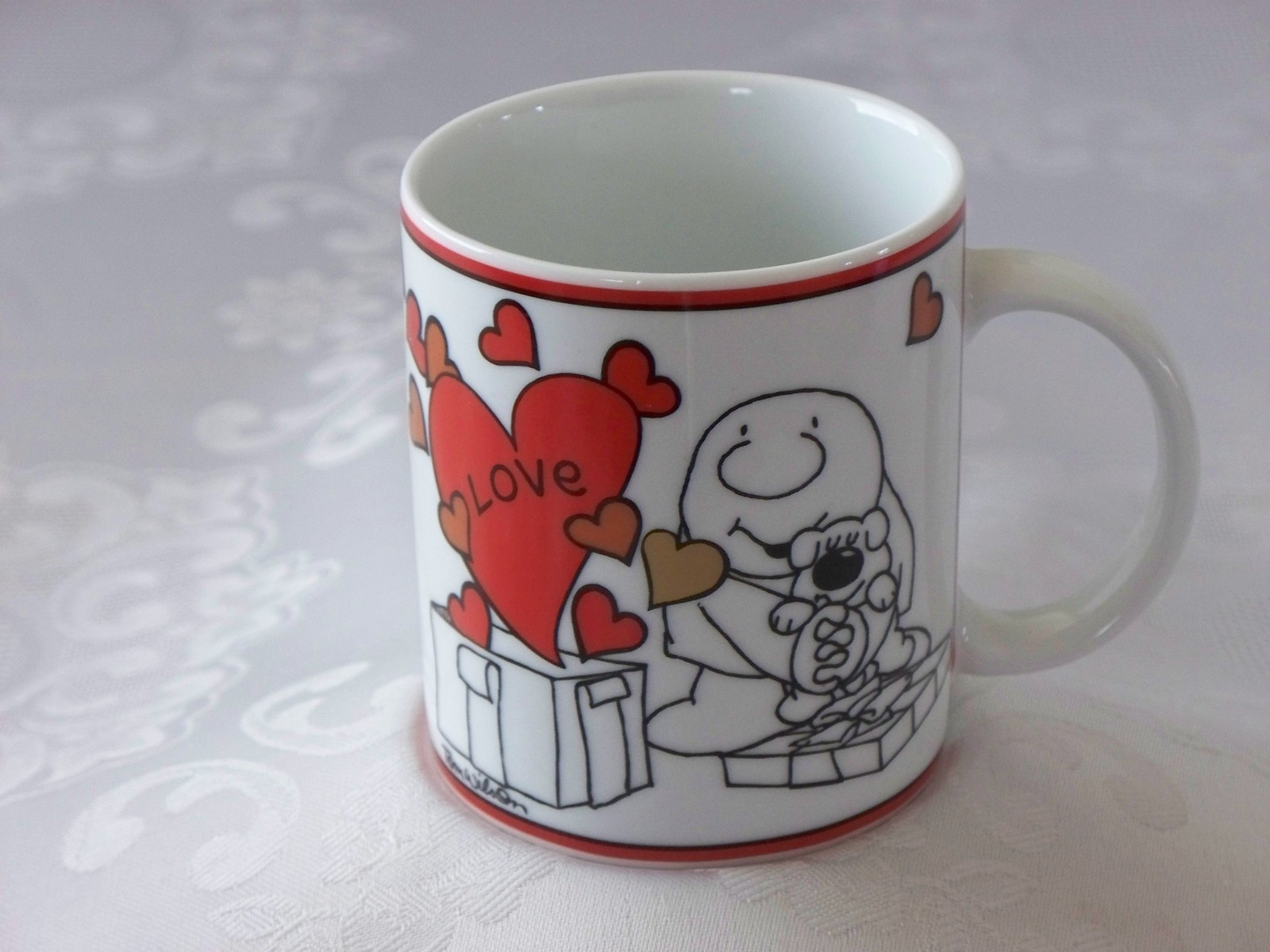 Ziggy Love Is A Present 12 Oz Coffee Mug VGC
