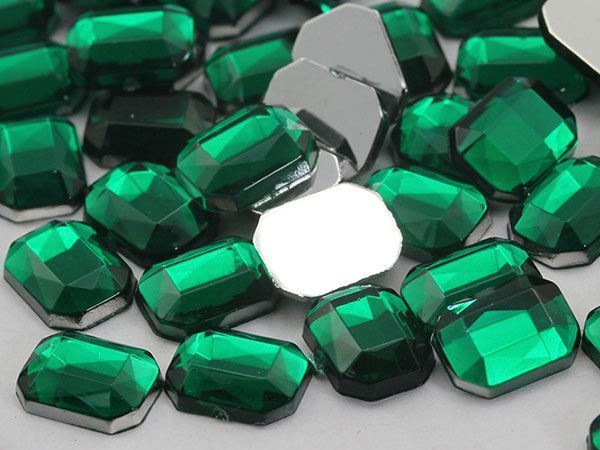 8x6mm Green Emerald H106 Flat Back Octagon Acrylic Gemstones - 100 PCS