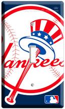 NEW BASEBALL MLB NEW YORK NY YANKEES EMBLEM SINGLE LIGHT SWITCH WALL PLA... - $8.99