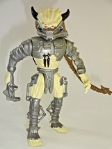 Vintage 1994 Kenner Predator Spiked Tail Action Figure ~ Silver Paint Va... - $12.24