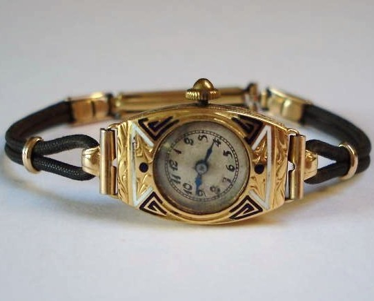 Gold Watch Art Deco 18k Solid Gold Ladies Watch Enamel