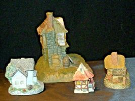 Cottages Holiday Decor Pieces (4) AB 630 Collectible Vintage image 6