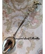 SEA WORLD USA Killer WHALE Figural Souvenir Spoon  - $6.99