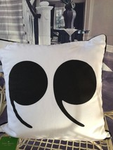 """KATE SPADE NWT QUOTATION MARKS THROW PILLOW 18""""X18"""" SQUARE WHITE WITH BL... - €35,33 EUR"""