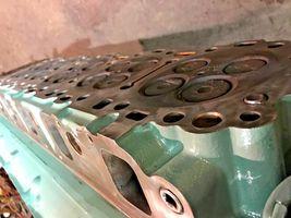 Detroit Diesel Series 60 SERIES 14L Engine Cylinder Head SCH1106137 OEM image 11