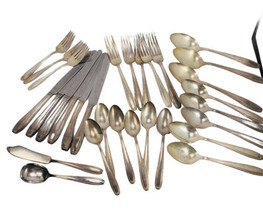 Vintage 28 pc Harmony House Serenade aa+ 1944 Silverplate Flatware Assorted - $32.44