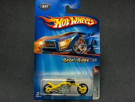 Hot Wheels Motorcycle Blast Lane #2005-077 - $2.95