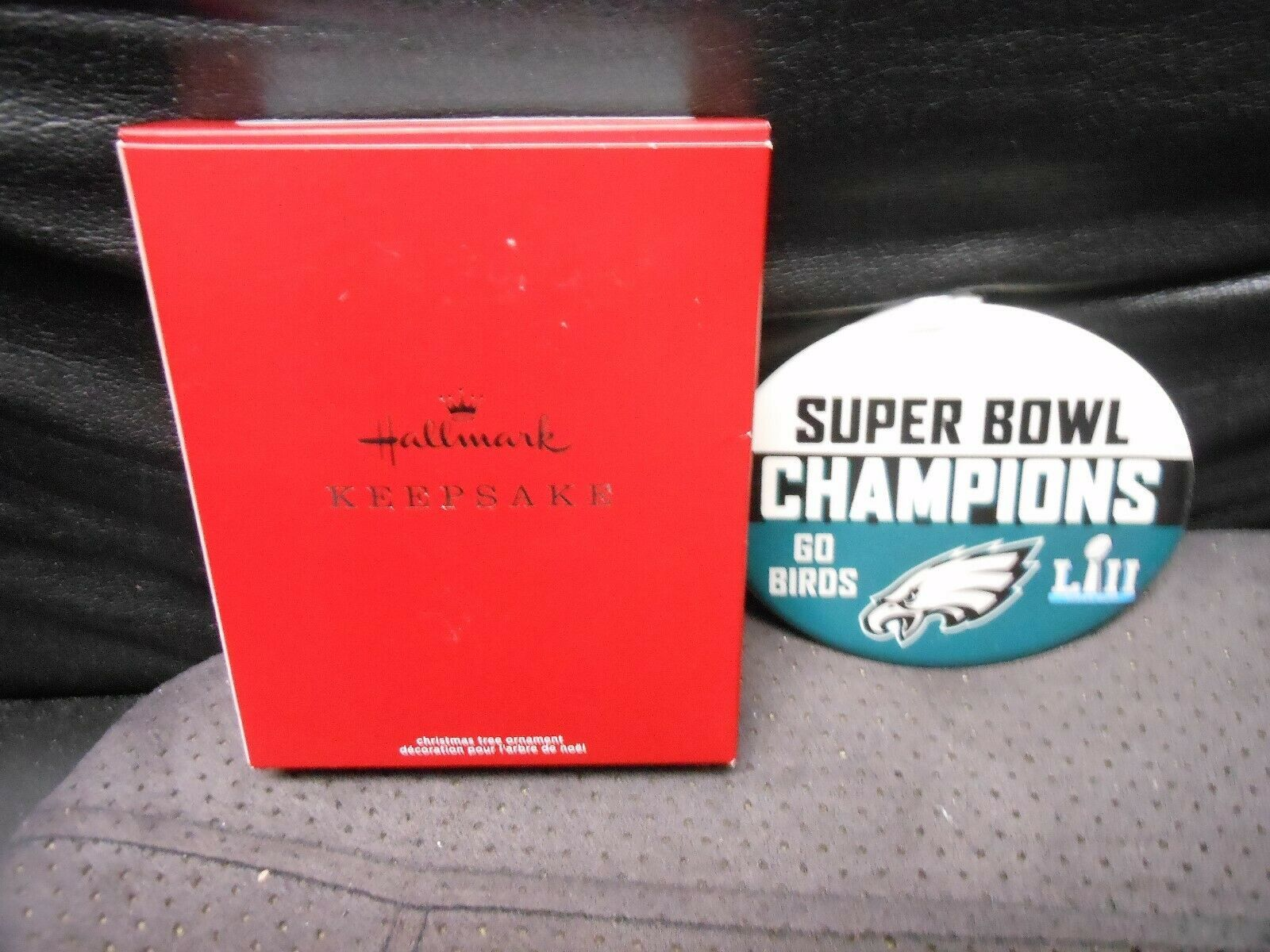 "Hallmark Keepsake ""Philadelphia Eagles - Super Bowl LII "" 2018 Ornament NEW"