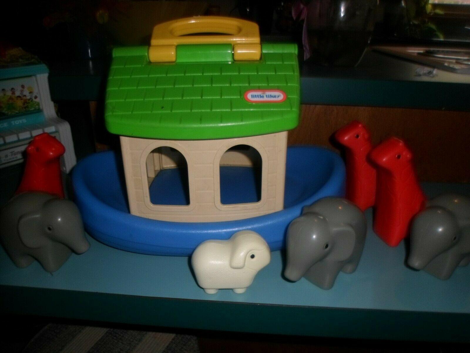 Vint Little Tikes Noahs Ark Play Set with 7 Animals elephants,giraffe lamb - $15.72