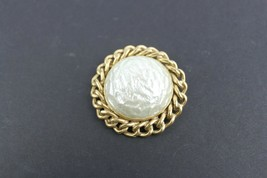 Vintage Jewelry Brooch Sara Coventry Faux Pearl - $12.53