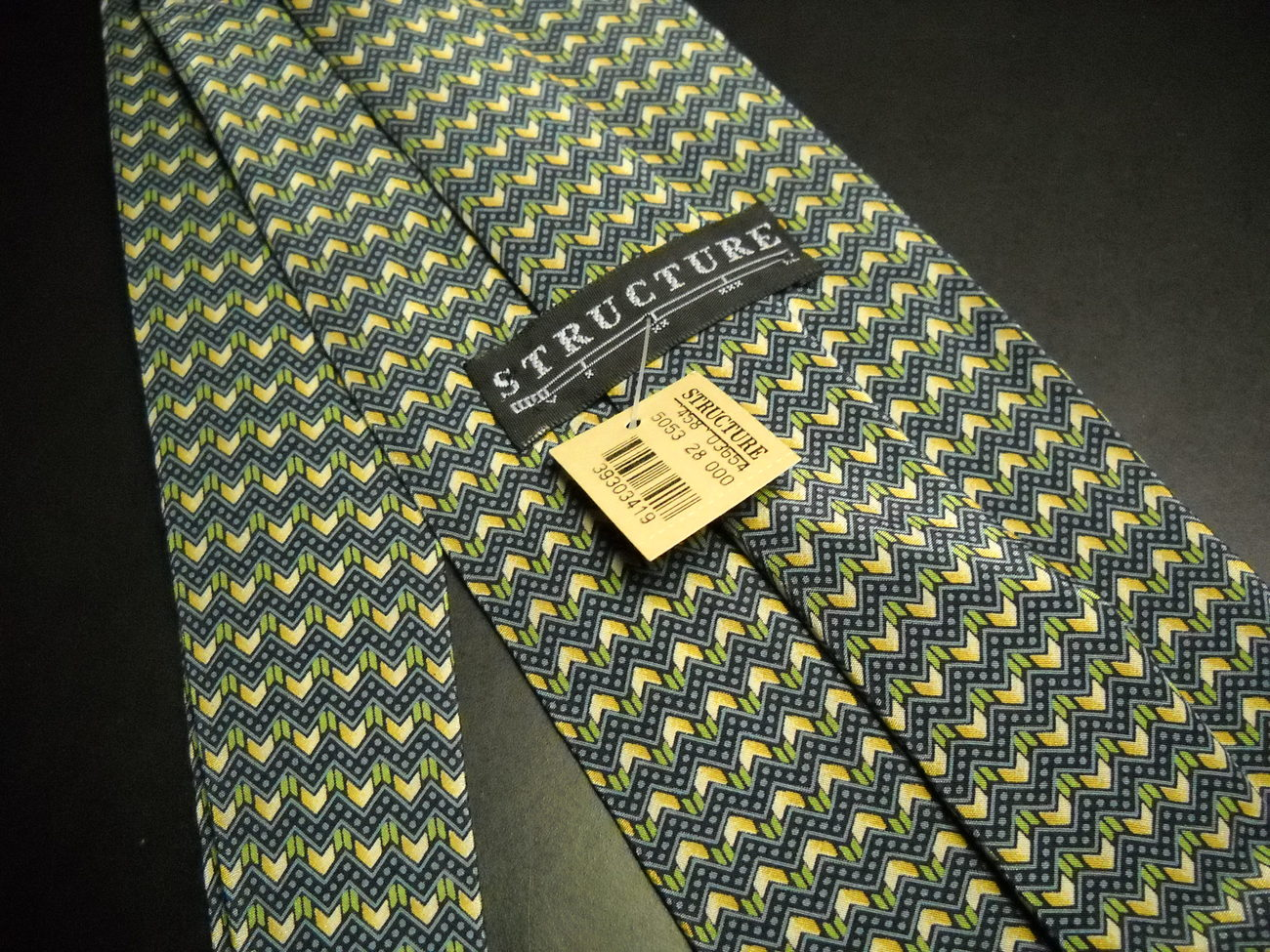 Structure Mens Neck Tie Sawtooth Design in Blue Green Yellow Unworn with Tag