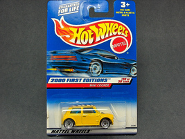 Hot Wheels Mini Cooper #2000-090 - $2.95