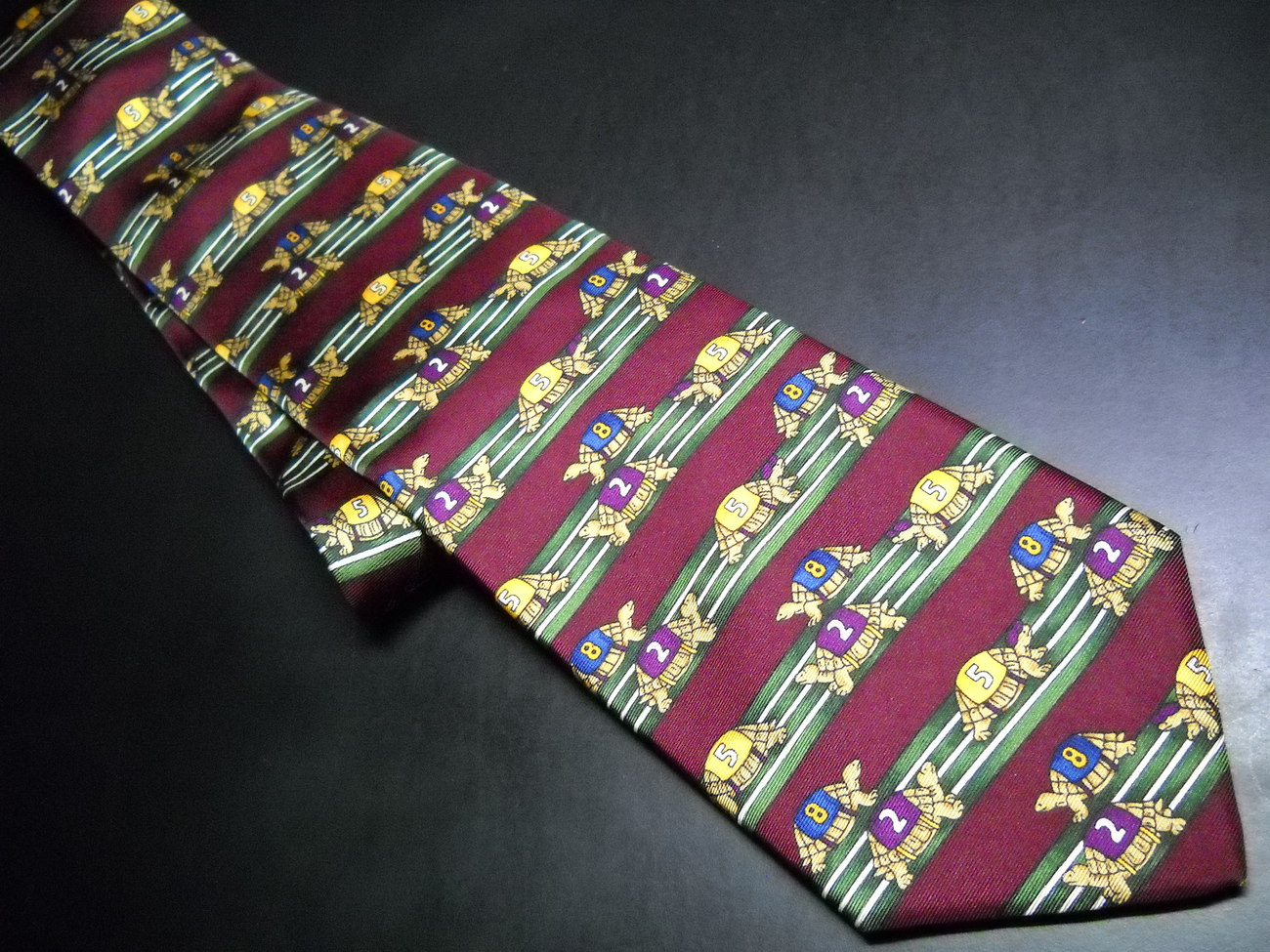 Brooks Brothers Makers Neck Tie Silk Brown with Stripes of Turtles