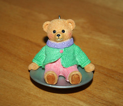 "Hallmark Keepsake Ornament ""Granddaughter"" Bear on Round Sled 1999 Ornament - $6.99"