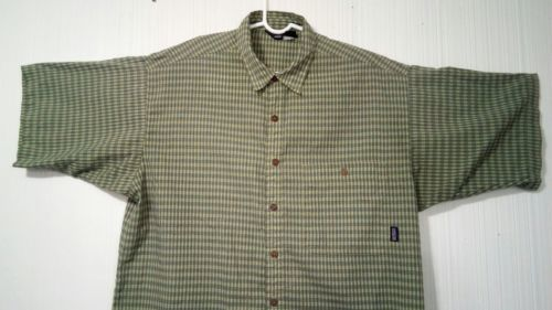 Patagonia Men's Green L short-sleeve button-down checkered Breast Pocket shirt image 3