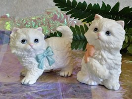Cat Figurine Set Of 2 Kittens Homco Porcelain Persian White #1428 Blue Pink - $16.15