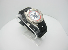 Vintage 1998 New York Yankees Analog Dial Casual Watch (B896) - $16.78