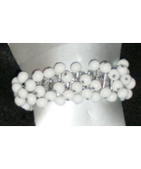 Vintage Cha Cha White Milk Glass Bead Expandable Bracelet  Japan  - $9.99