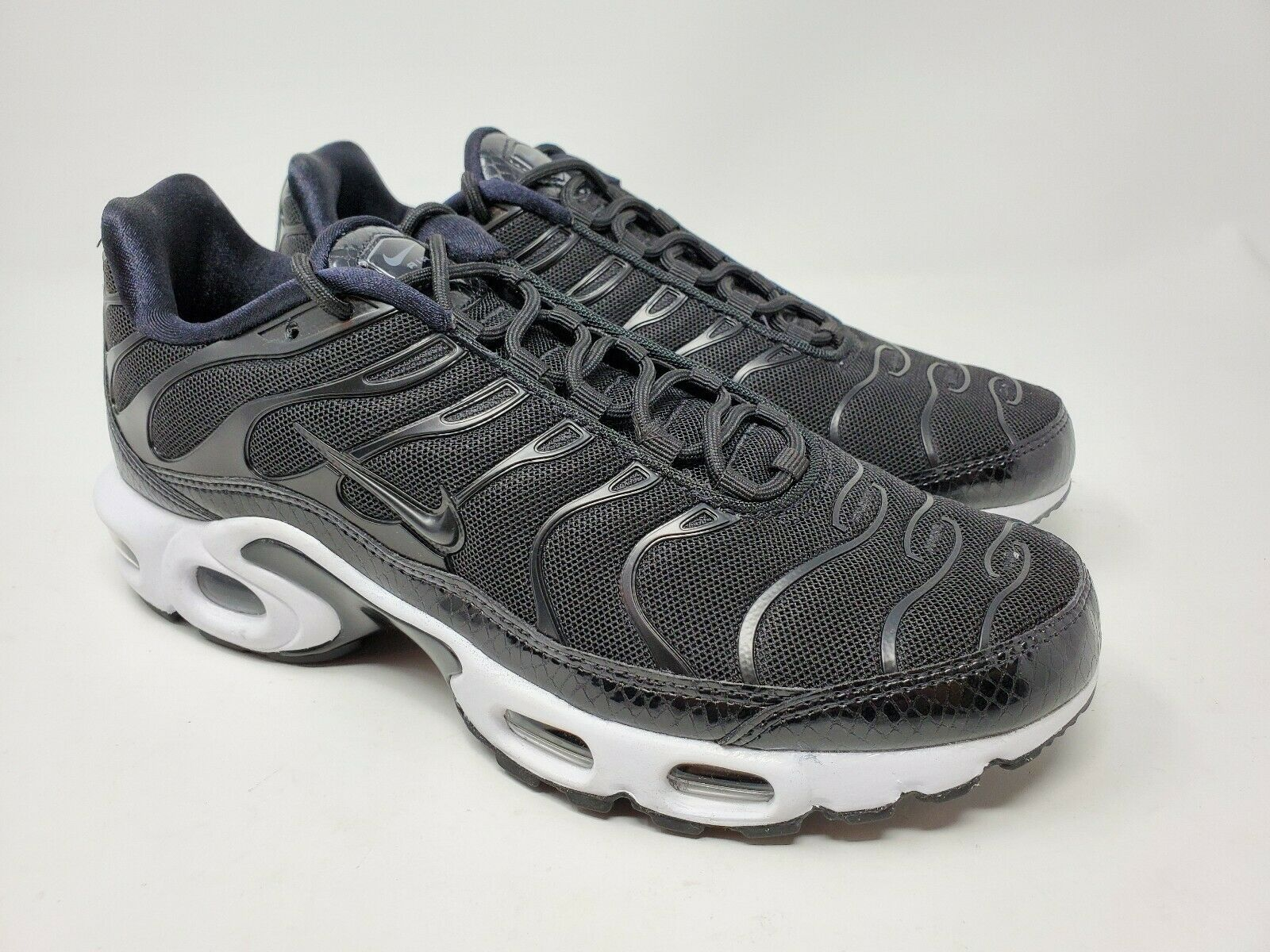 Nike Air Max Plus Se Tn BLACKWHITE and 50 similar items