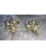 Vintage silver tone clip on rhinestone cluster earrings flower Downton a... - $19.50