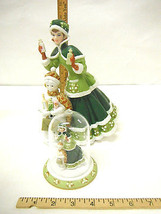 2003 Avon President's Club Sales Award Mrs. Albee Porcelain Figurine 3 P... - $27.81