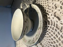 Sheffield China 501 Cups & Saucers (10) P3051C - $8.10