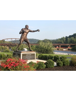 Larry Holmes Statue 13 x 19 Unmatted Photograph - $35.00