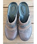 Clarks Size 7.5 Artisan Collection Brown Leather Slide On Slides Comfort... - $24.22