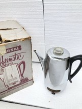 Universal Coffeematic• Electric Coffee Percolator• Vintage •Model 4460• USA - $39.59