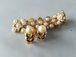 Vintage Fashion Jewelry Set Gold Tone Faux Pearl Bracelet & Earrings - $24.26