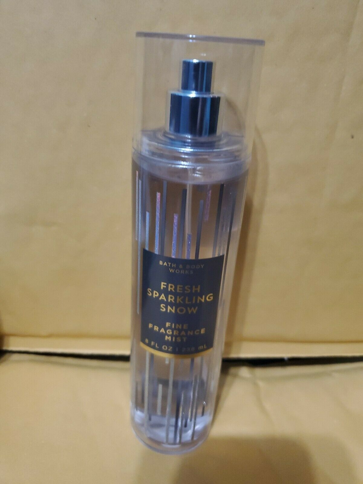 Primary image for BATH AND BODY WORKS FRAGRANCE  BODY Sprkling Snow  Mist 8 FL  oz