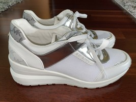 NEW Michael Kors Trainer Textile / Leather Athletic White Shoes sz 10 - $129.99