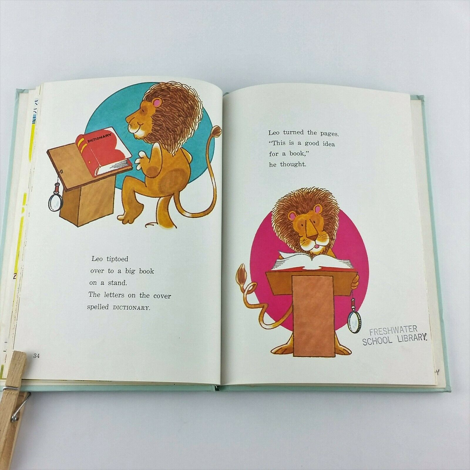 Leo Lion Looks for Books 1972 Childrens Vintage Book Donna Pape Hardcover Eaton