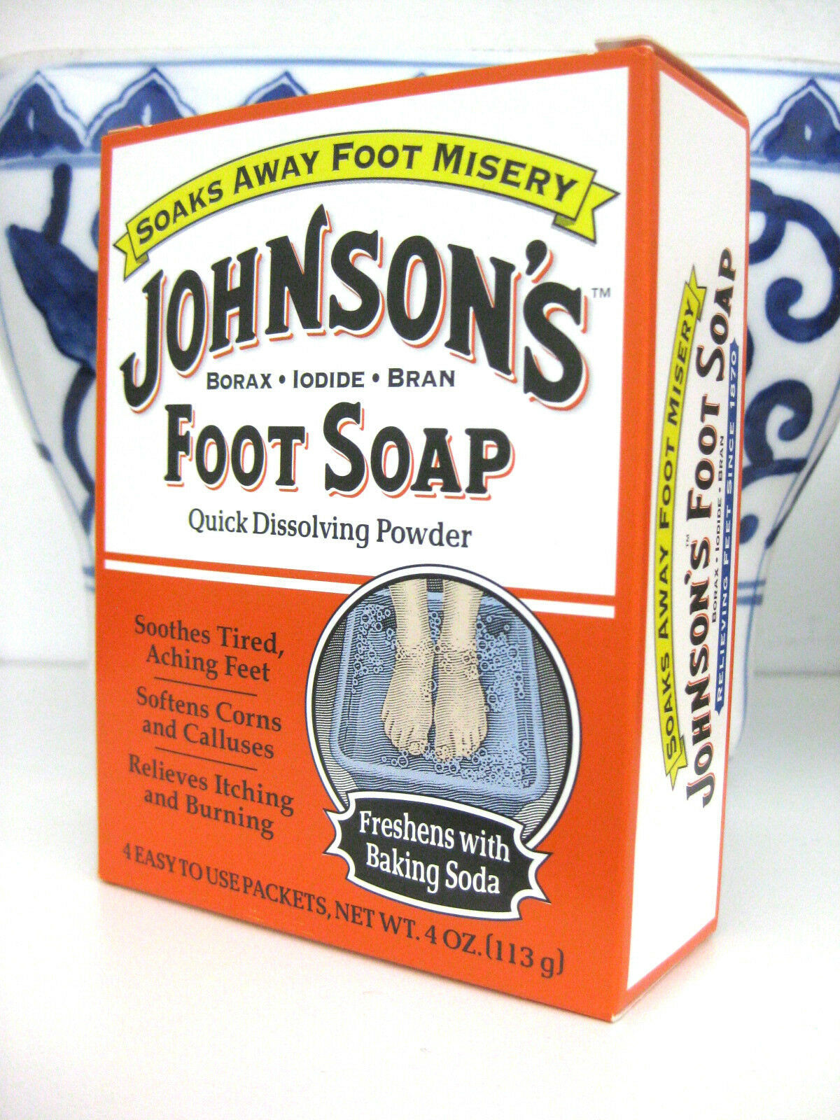 JOHNSON'S Foot Soap Soak Powder Borax, Iodide, & Bran Packets 4 Each image 1