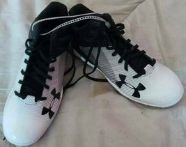 Under Armour Kids Baseball Cleats White Black Authentic Collection 2Y New - $13.19