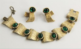 ESTATE VINTAGE Jewelry TRIFARI 60's GREEN CABOCHON BRACELET & EARRINGS SET - $325.00