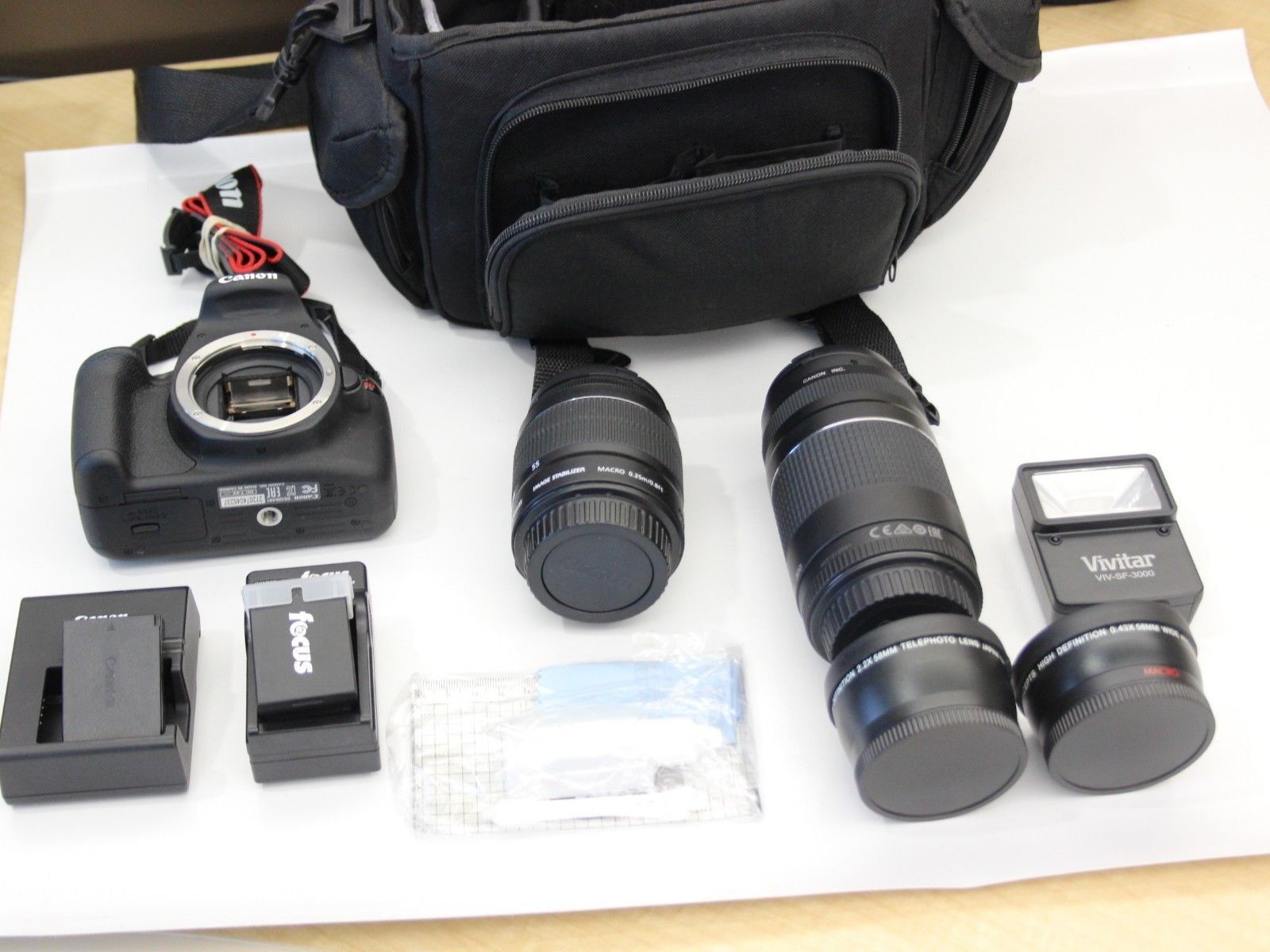 Canon Eos Rebel T5 With 18 55mm And 75 300mm And 20 Similar