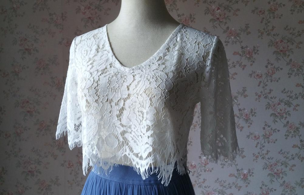 White lace top vneck 10