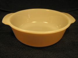 [Y2] Fire King 1.5 Quart Casserole Dish Peach Lustre - $9.57