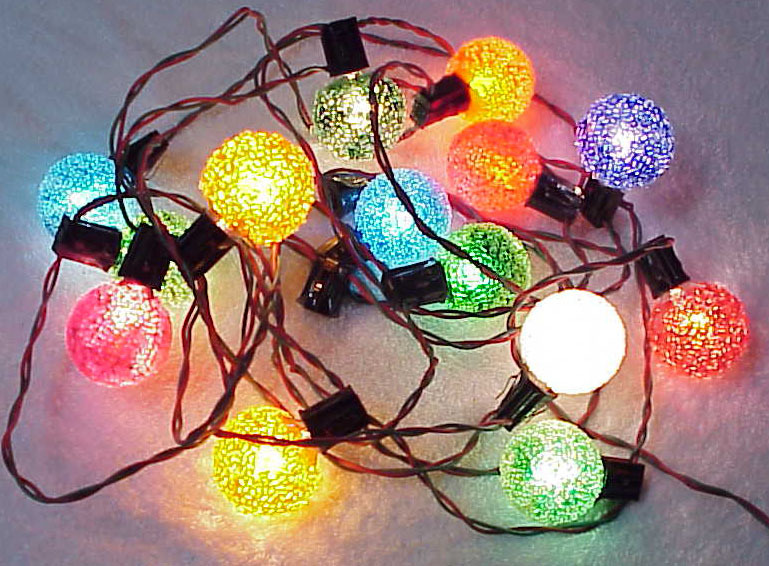 Vintage Frosted Lighted Ice Round Christmas Lights - 14 ...
