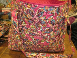 VERA BRADLEY GRAND TOTE 2.0 FLAMINGO FIESTA BRAND NEW WITH TAG - $99.99