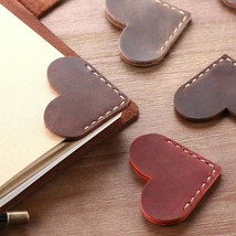1 Pc Handcrated Vintage leather bookmarks for book, Mini Corner Page Marker - $4.83