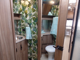 2017 Airstream Tommy Bahama For Sale in Macon, Georgia 31220 image 9