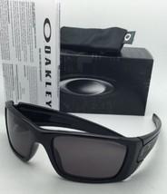 New OAKLEY Sunglasses FUEL CELL OO9096-01 60-19 Black Frames w/ Warm Grey Lenses