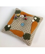 Carrot Tuft Pillow pincushion kit (pk527)  JABC Just Another Button Company - $41.40