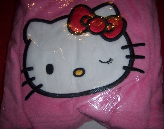 Juniors Hello Kitty Applique Shower Wrap Size Large Pink NEW Pink Cute