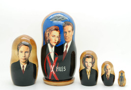 The X-files David Duchovny, Gillian Nesting Dolls 5pc matryoshka doll ne... - $54.90