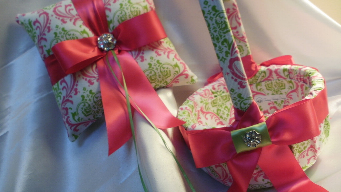 DAMASK BASKET, PILLOW Ringbearer Ring Pillow and Flower Girl Basket Madison Cand