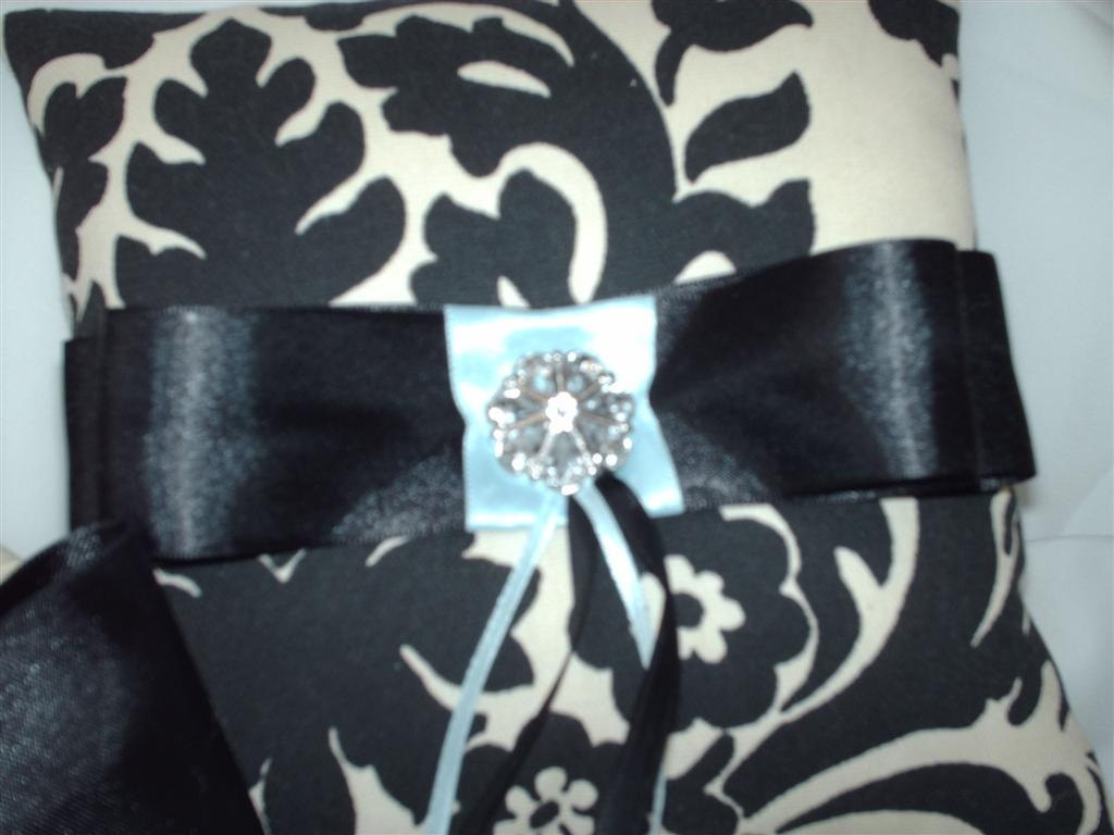 DAMASK PILLOW and Basket Black Ivory Cream Waverly Essence onyx  WITH Your choic
