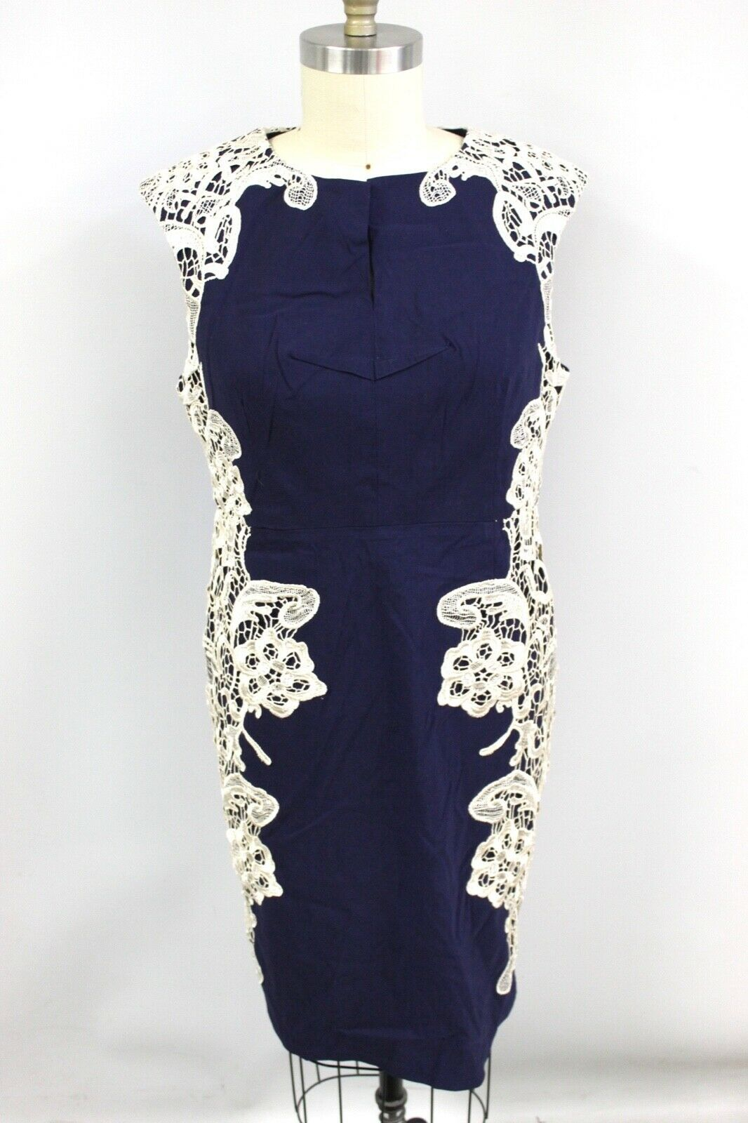 Paper Dolls Women's Contrast Lace Dress Blue (Navy) US 18 NWT Slimming Body CON